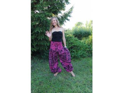 Kalhoty růžovočerné