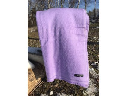 deka kasmirova vlna fialova svetla