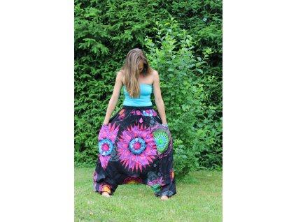 Kalhoty harémové černé s květy