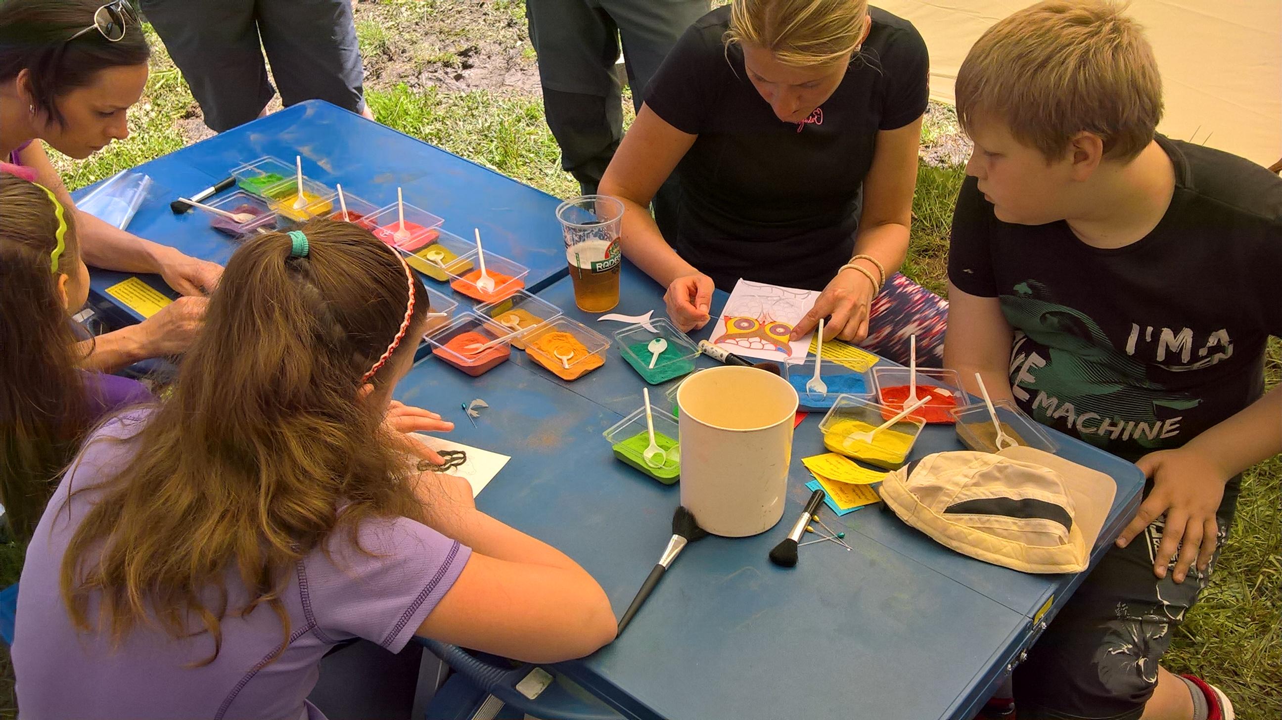 Dětská, rodinná centra a tábory