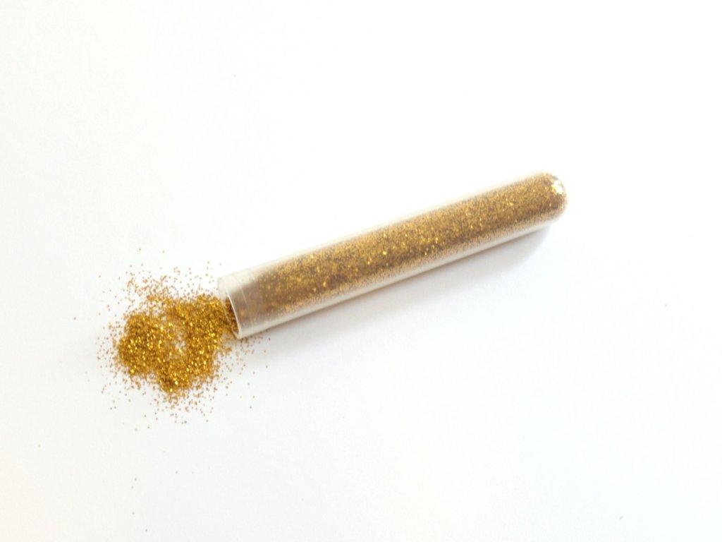barevne-trpytky-zlata-4-radost-v-pisku