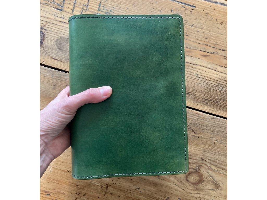 Kožený obal v zelené