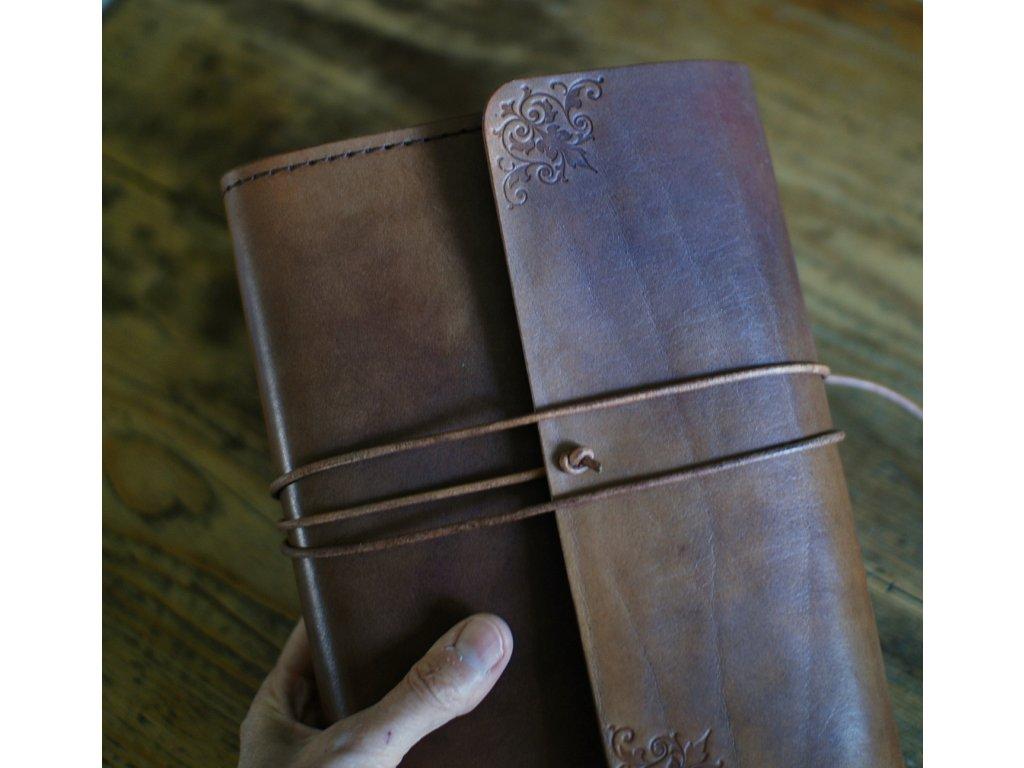 Kožený obal Castle - zavazovací