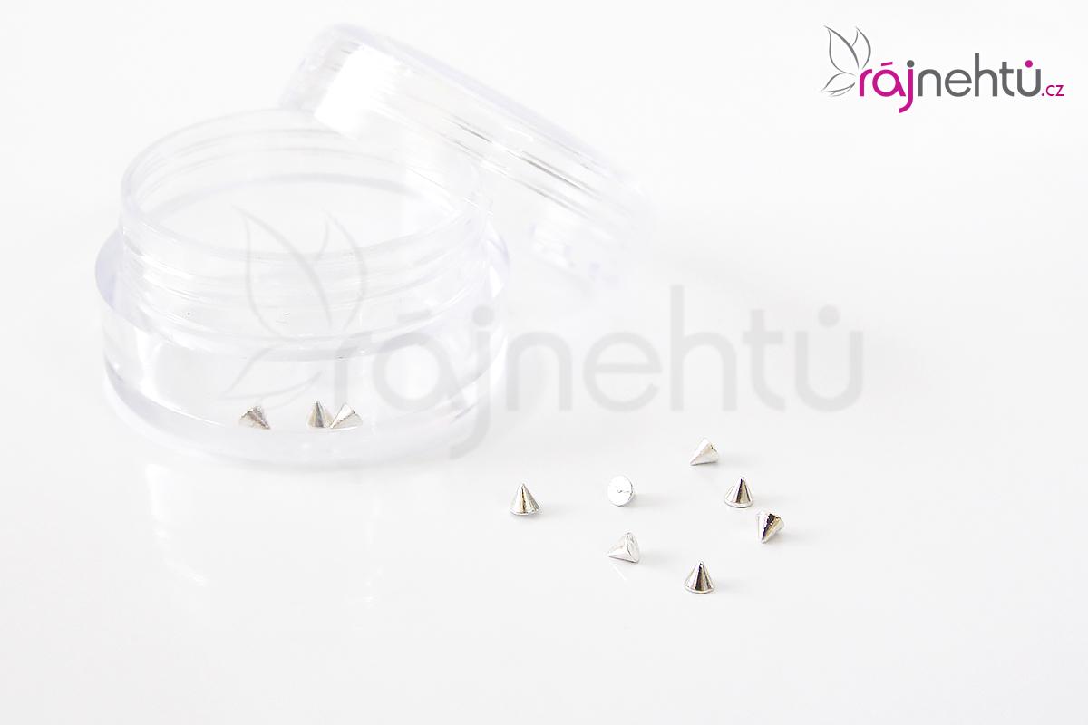 Zdobenie na nechty kovové - hroty strieborné