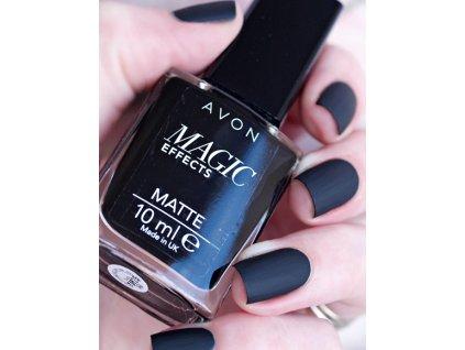 Lak na nehty s matujícím efektem Black