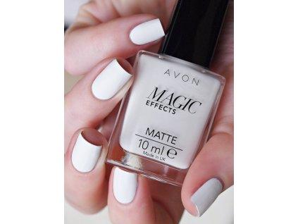 Lak na nehty s matujícím efektem White