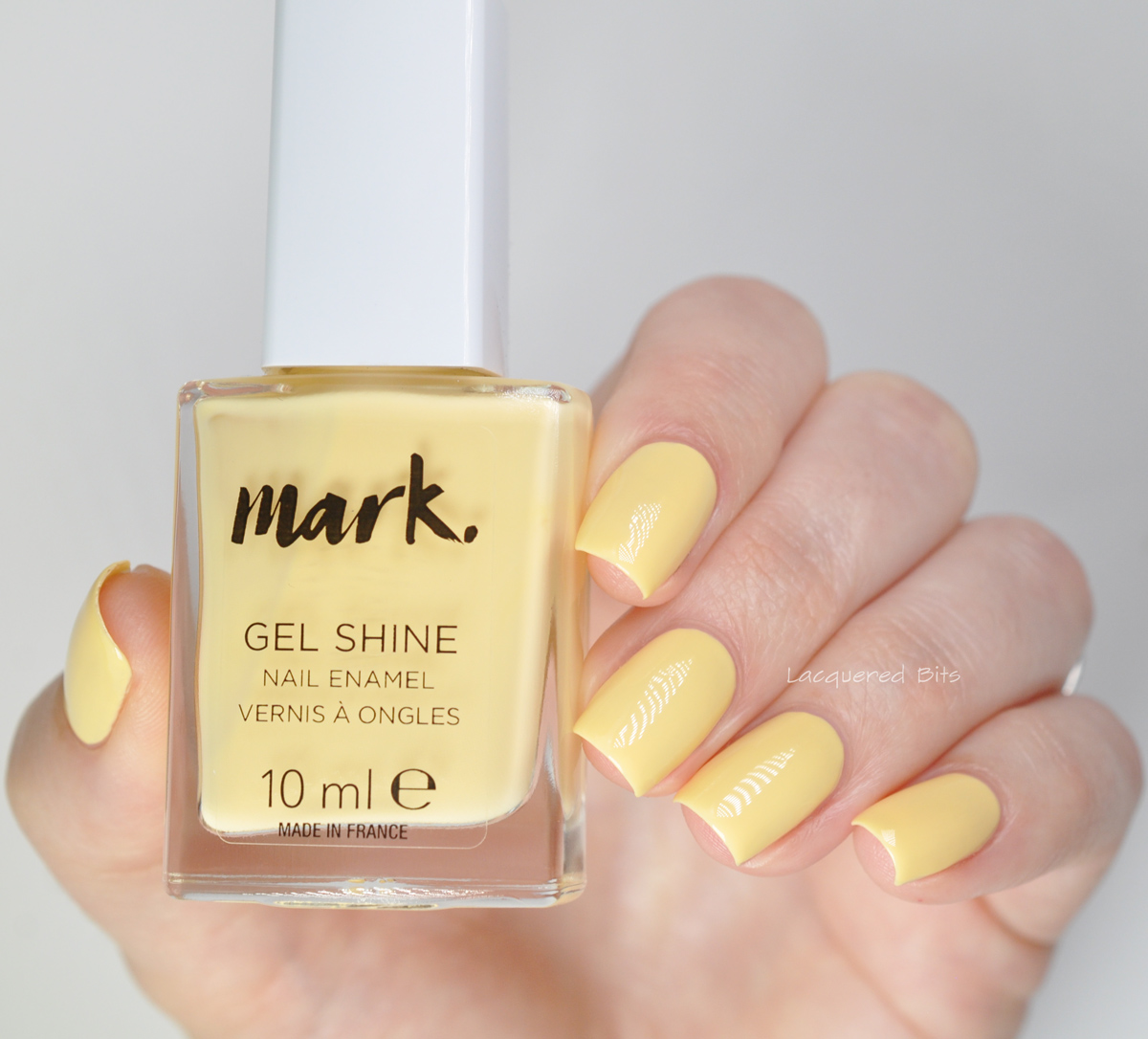 Avon Lak na nehty Gel Shine - Daysie