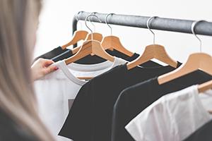 Jak vybrat tričko aby vám opravdu slušelo, aj jaké jsou trendy?