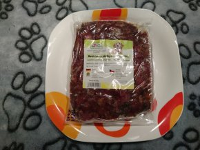 Hovězí maso, dršťky se zeleninou