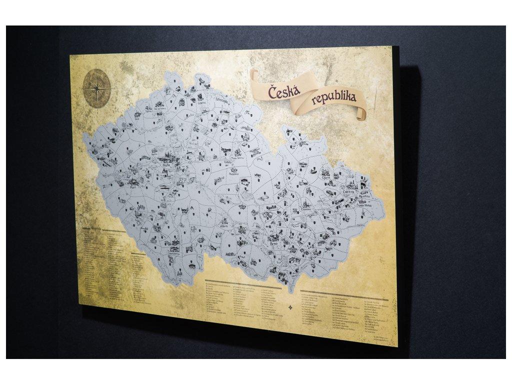Stříbrná stírací mapa pro turisty fotoblock