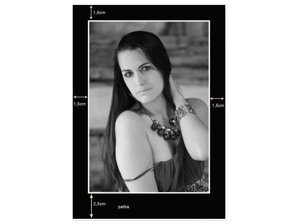 Portrétní pasparta do rámečku 15x21cm, výsek 12x17