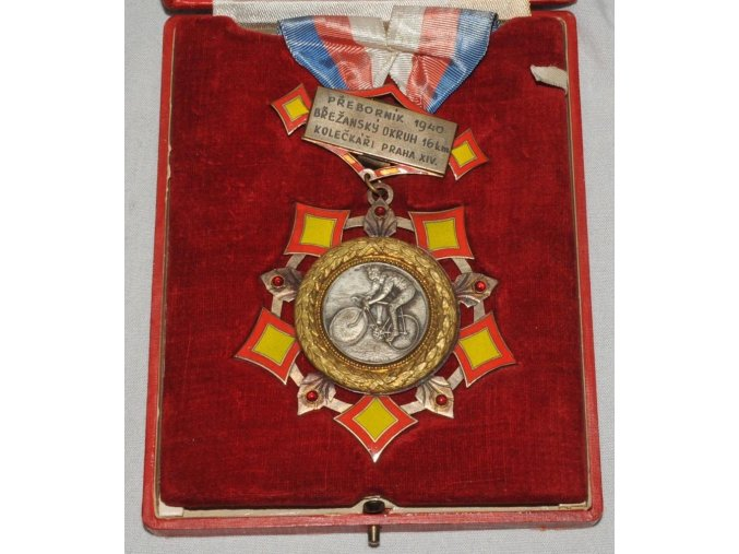 cyklistická medaile Přeborník 1940 Břežanský okruh 16 km Kolečkáři Praha X