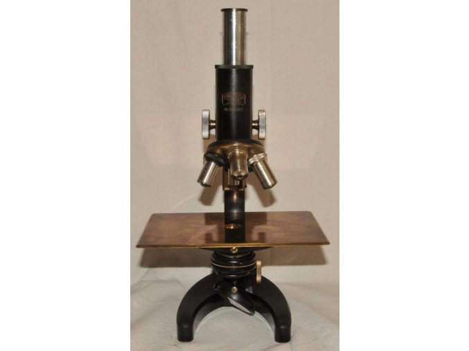mosazný mikroskop 1-2