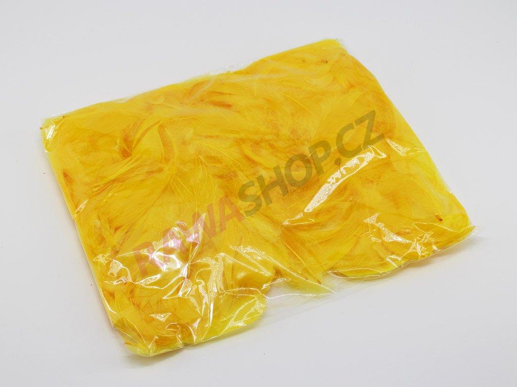Peří - tmavě žluté