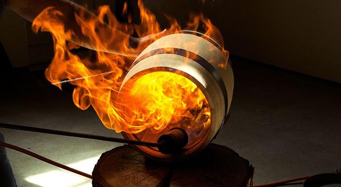 Víno, které se zrodilo z ohně - barikové víno