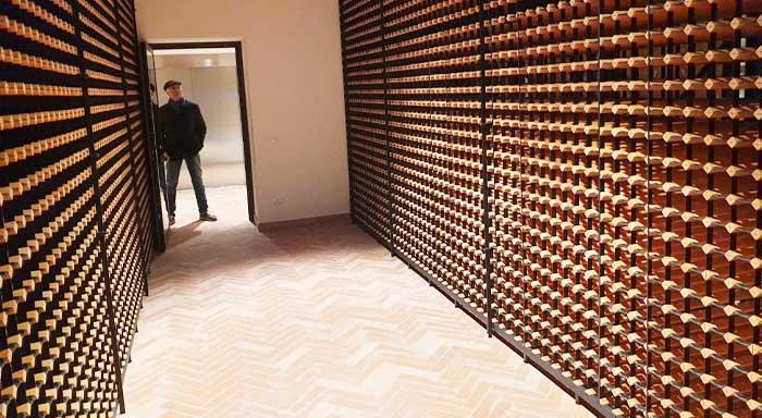 Inspirace pro designovou vinotéku na míru, která doplní interiér