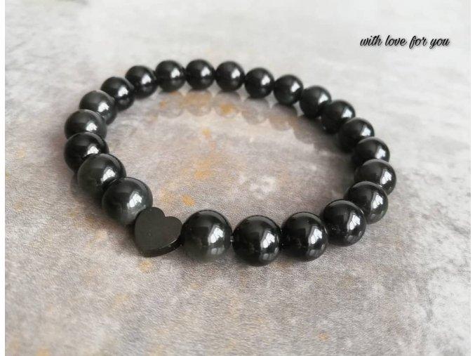 obsidián s ocelovým srdíčkem