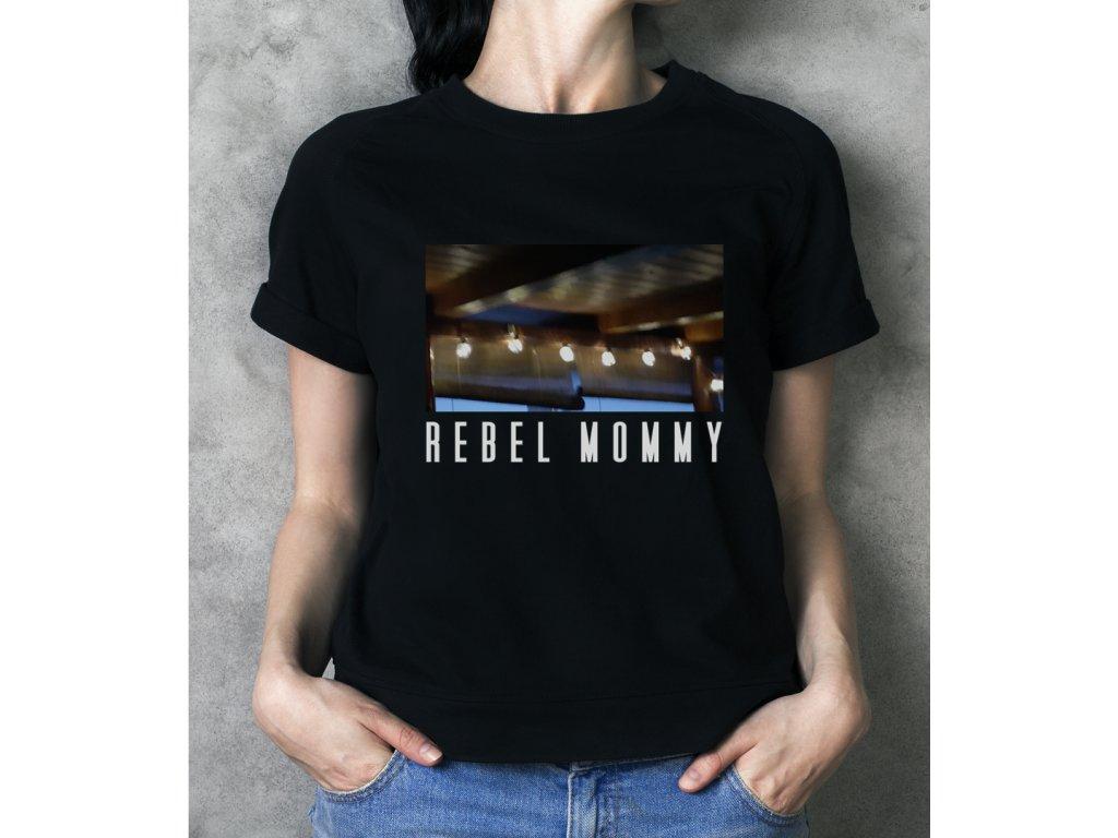 vozabova rebel mommy, body