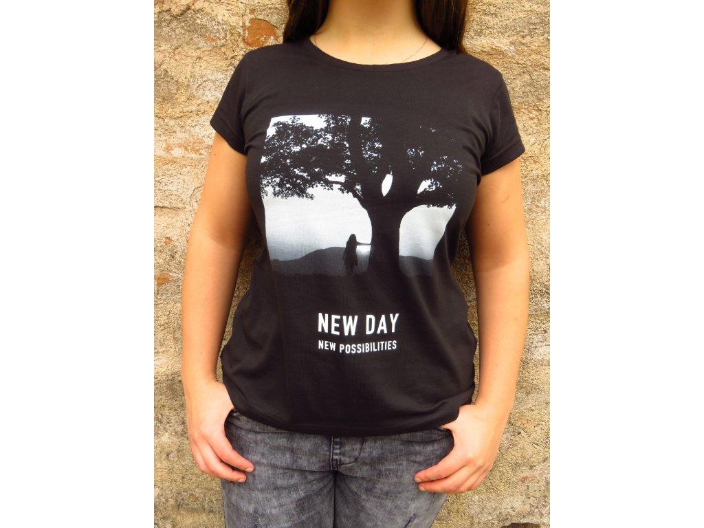 Dámské tričko s potiskem NEW DAY, NEW POSSIBILITIES