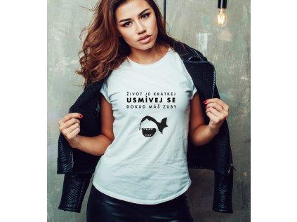 dámské tričko s potiskem DOKUD MÁŠ ZUBY, body