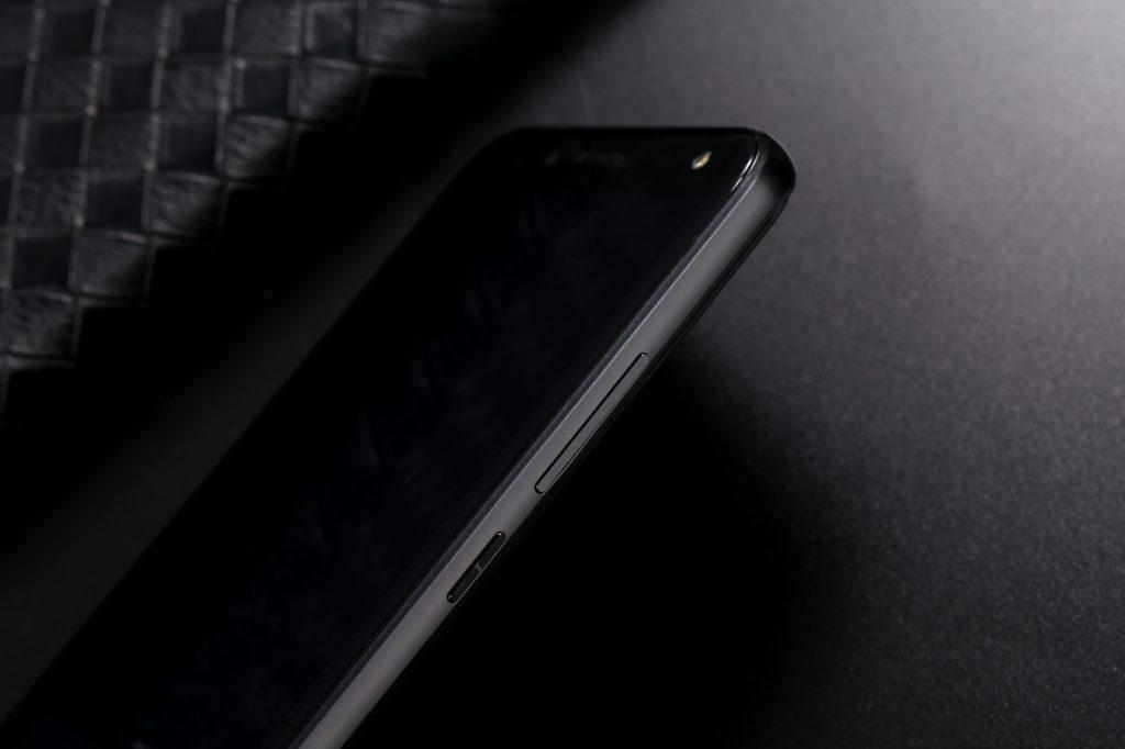 S8-实拍图_7-1024x682