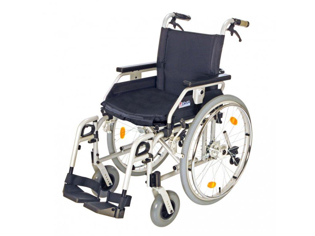 Invalidní vozík s brzdami, 108-23