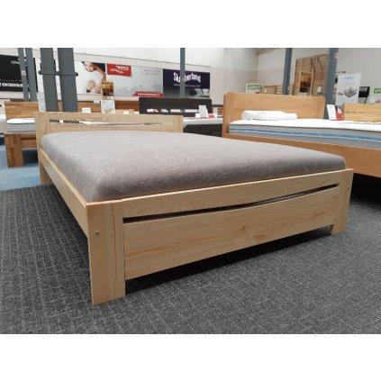Postel TK 03 - 120x200 masiv borovice (Laťkový rošt Laťkový rošt / 120x200 cm - 14 lamel, Moření postele Moření postele / Bílá barva)
