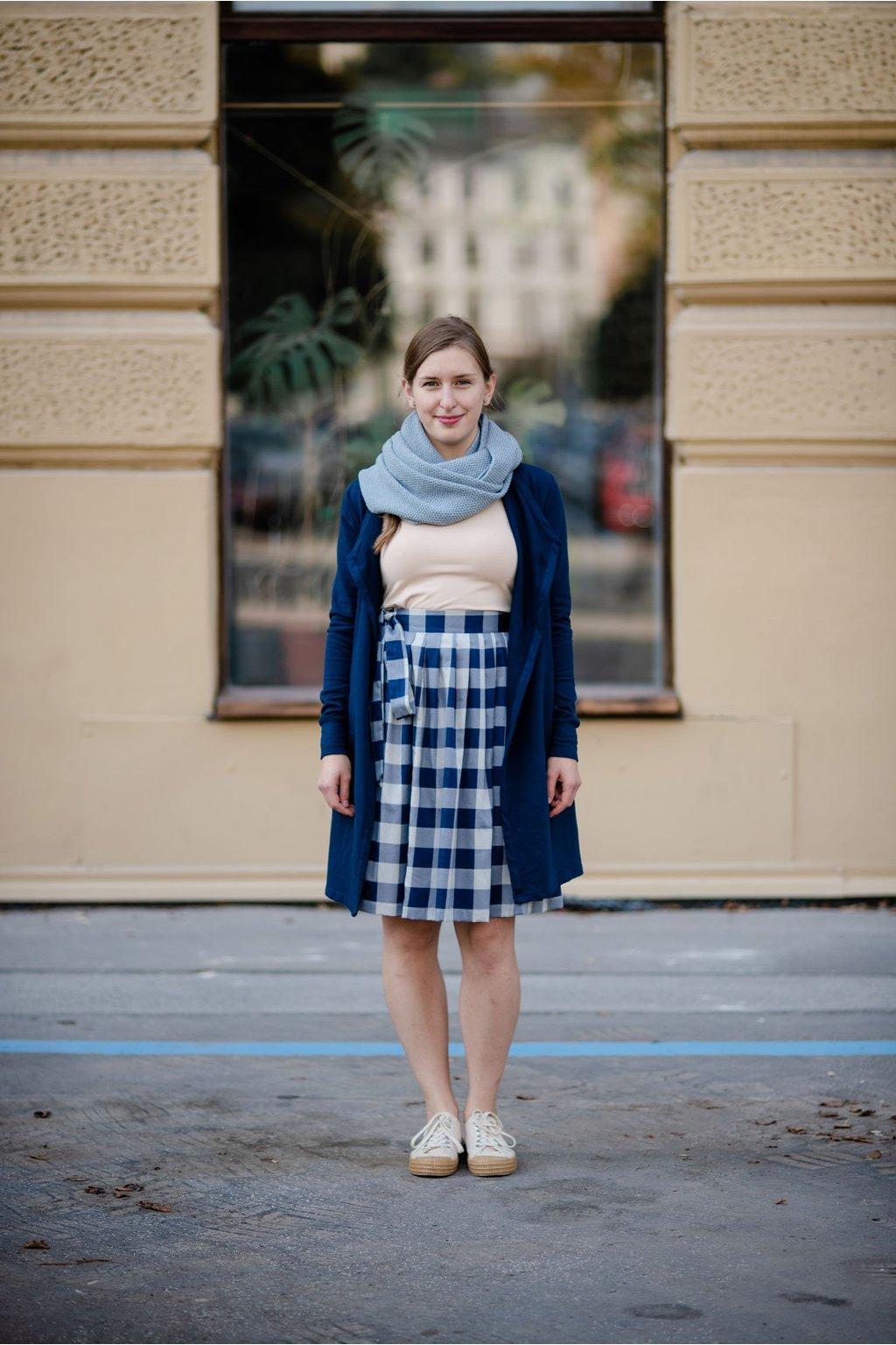 reparada zavinovaci sukne modrobila kostka1