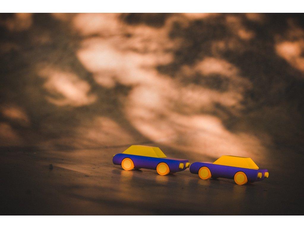 dřevěné autíčko repello přátelé
