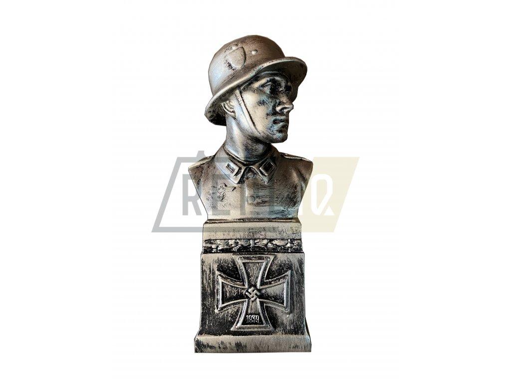 Busta německého vojáka