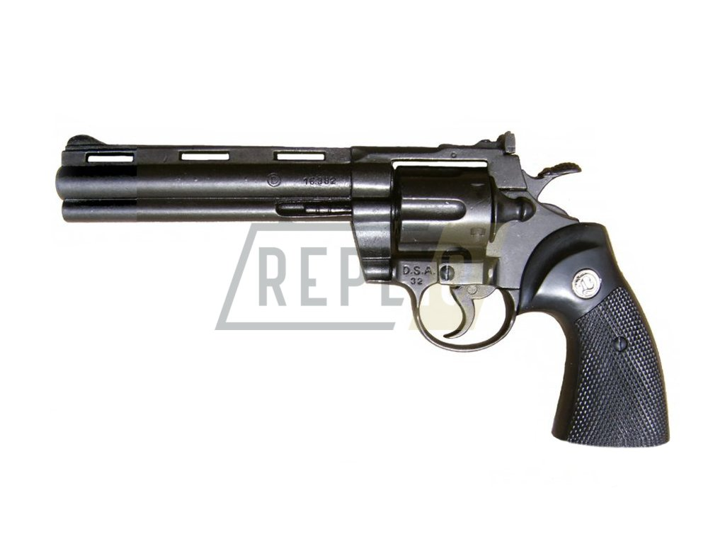 Revolver Python 357 Magnum - 6 palců