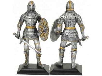 Válečník v šupinové zbroji a sponkové přilbě 10. století, soška