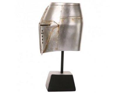 Hrncová helma na stojánku, dekorace