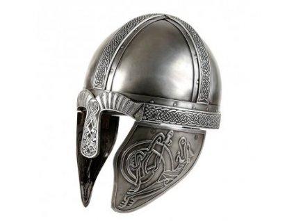 Luxusní vikinská přilba zdobená ornamenty