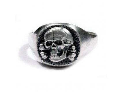 german silver ring with skull