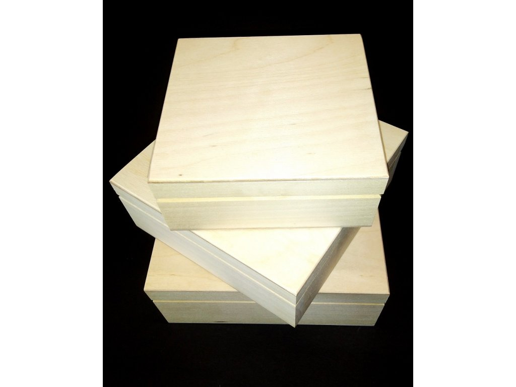Dřevěné krabičky čtvercové k dekorování pryskyřici