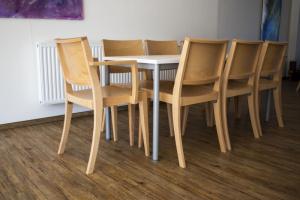 Kulturní dům obce Kašnice má nové židle | Ressed