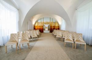 Reprezentační židle do obřadních místností | Ressed