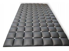 Čalouněný panel s kamínky