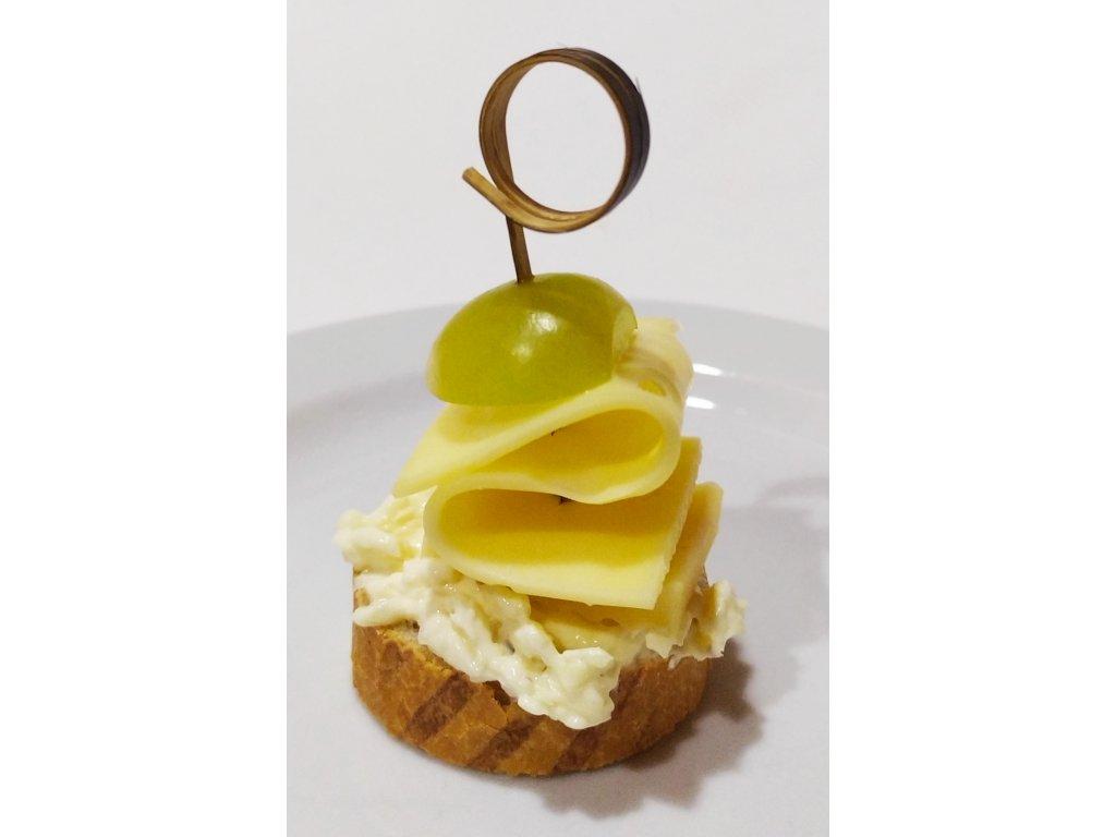 10Ks Kanapky- česneková pomazánka, sýr, hroznové víno