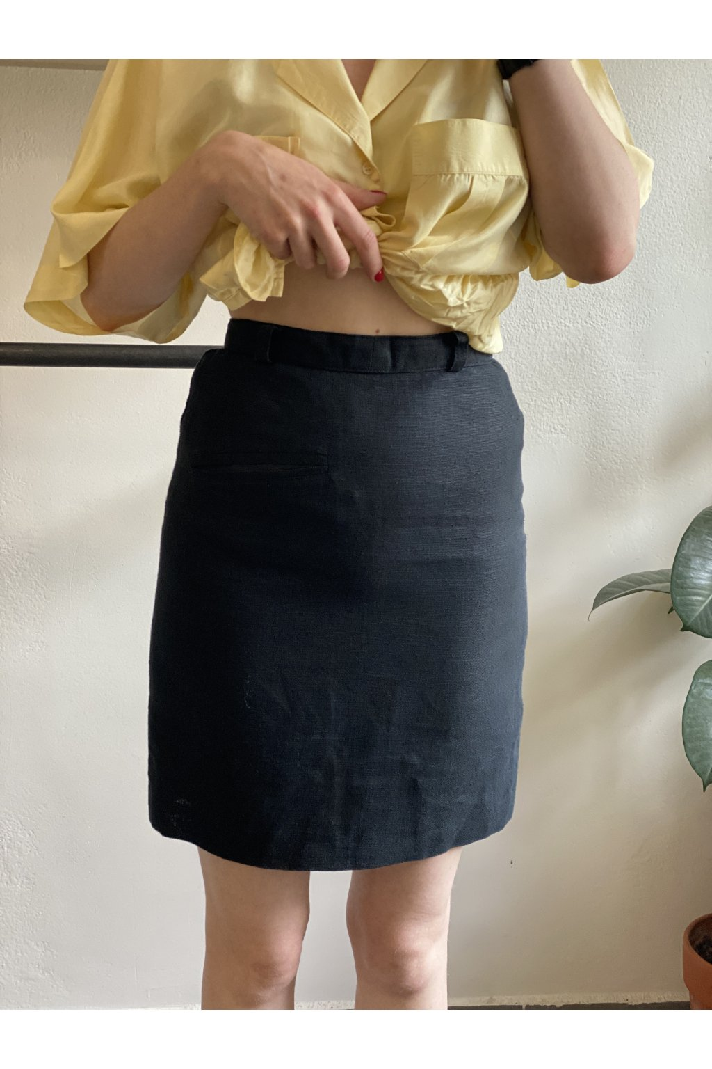 Černá lněná pouzdrová sukně vel. XS