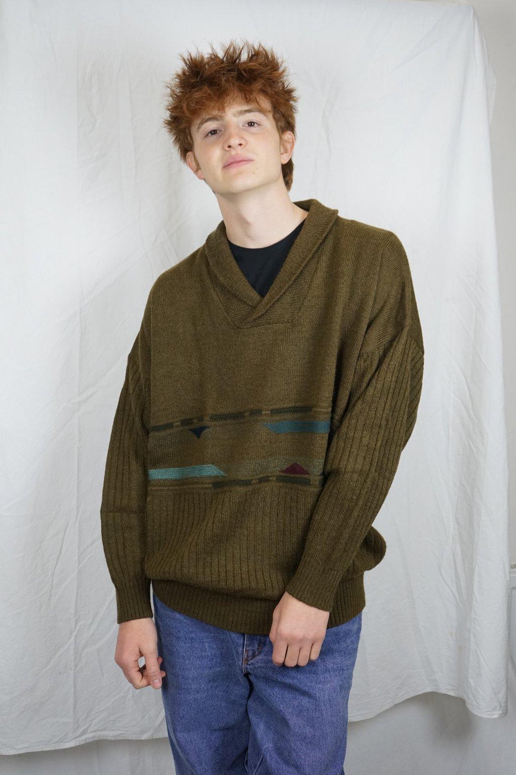 Khaki vzorovaný svetr vel. XL