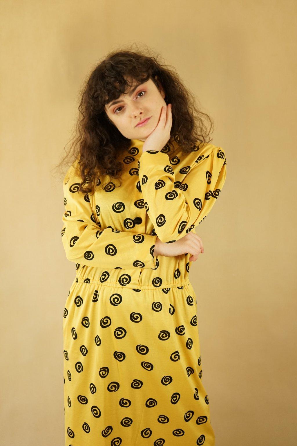 Žluté šaty vel. L