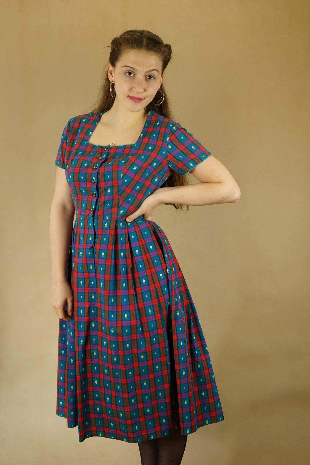 Trachtové šaty vel. S/M