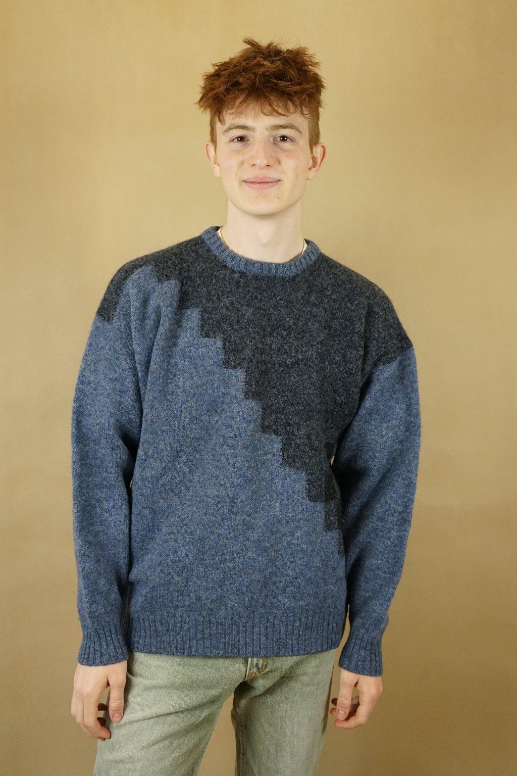 Vlněný vzorovaný svetr vel. L