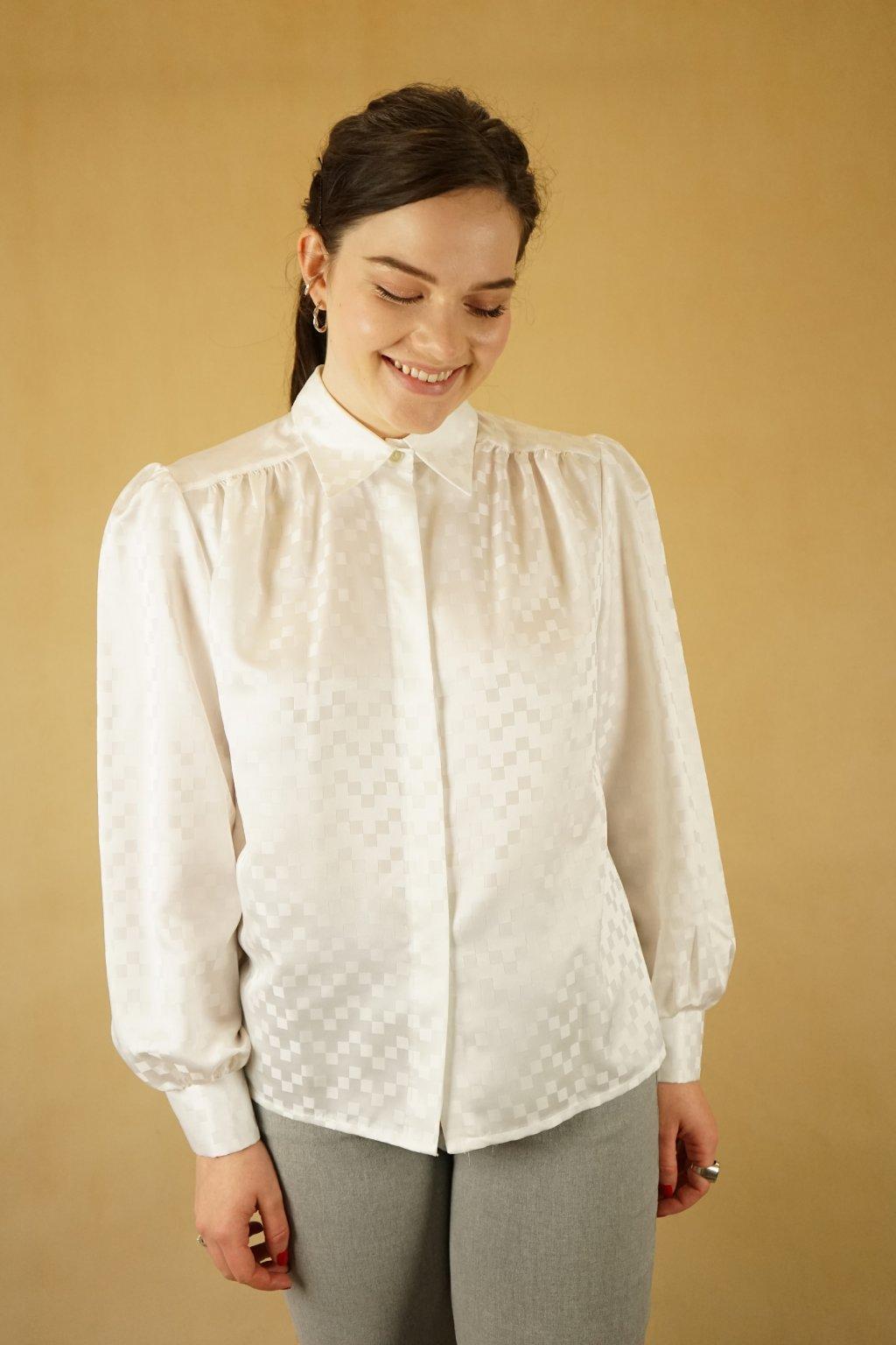 Bílá košile vel. M