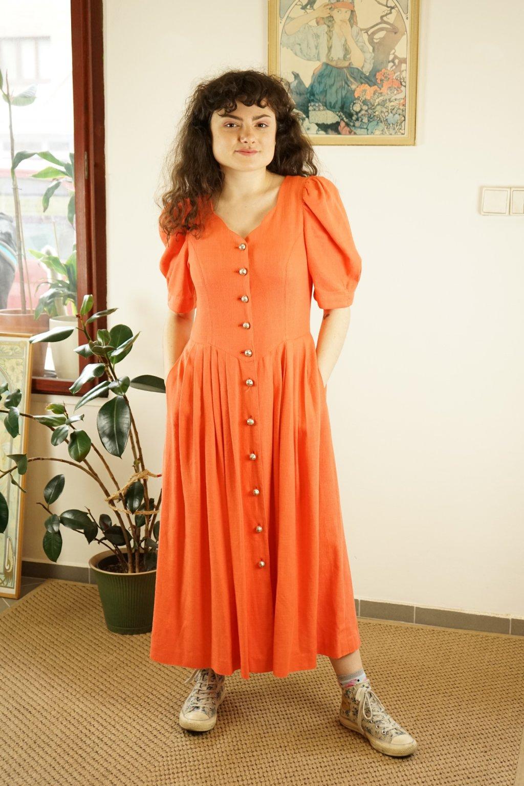 Trachtové šaty vel. M