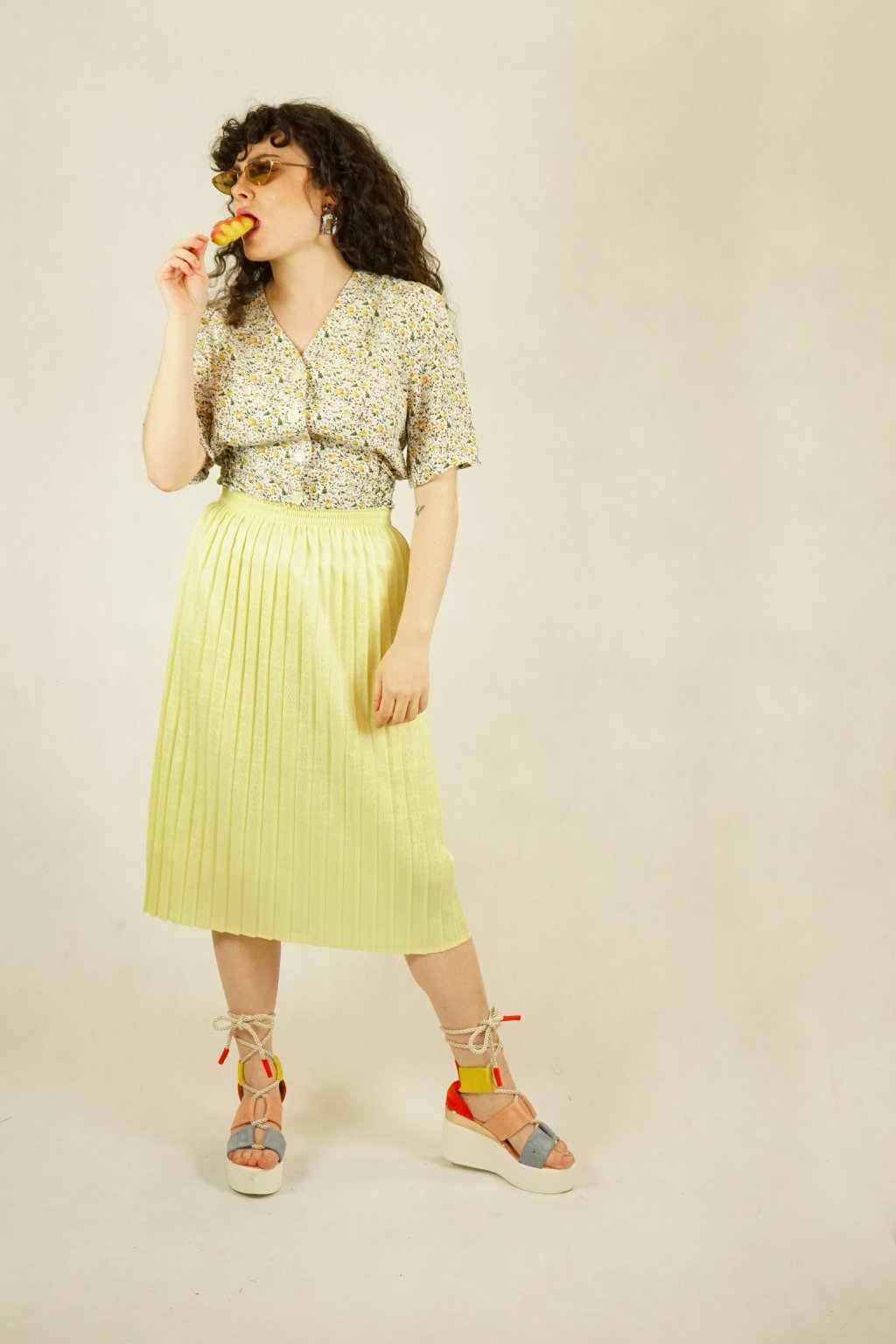 Žlutá sukně vel. XS-M