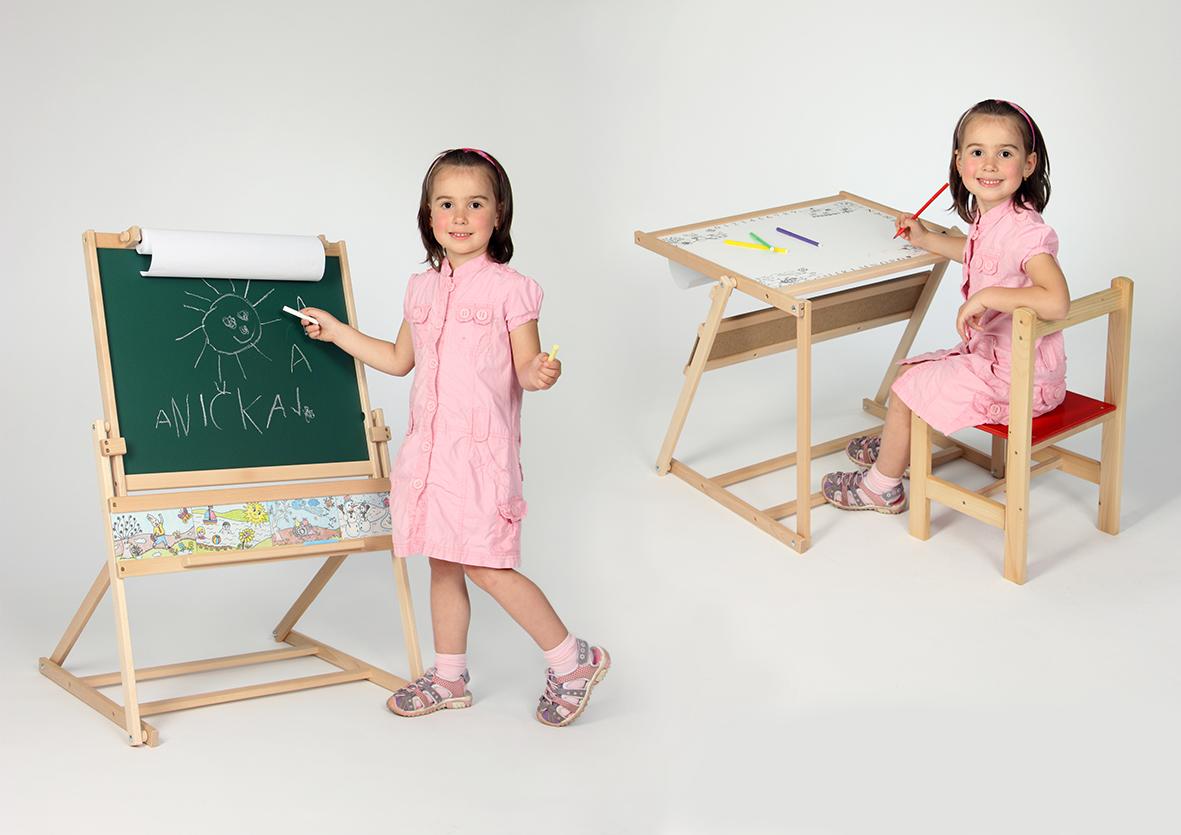 Dětská dřevěná tabule+stolek