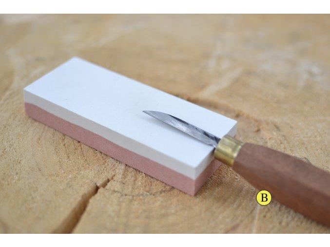 ostření řezbářského nože